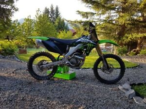 Awesome Kawasaki 250F