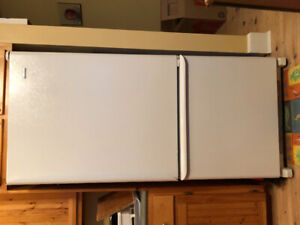 Fridge perfect condition moving must sell
