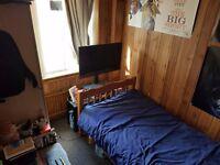 Short Term Let - Cheap single room in Harrow