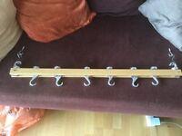 Saucepan hanging rack