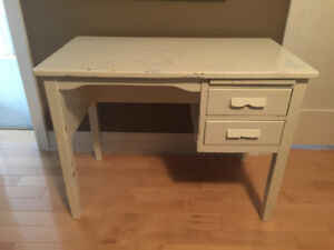 Solid wood desk/table