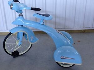 Perfect for Christmas! Vintage Style Air Flow Sky King Trike London Ontario image 4