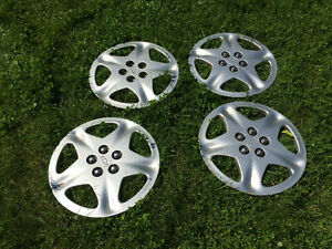 Set of 4 Chevy Wheel Covers