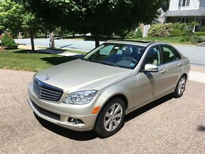 2010 Mercedes-Benz C-Class  250 4- matic (all wheel drive)