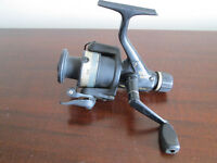 Vintage DAIWA EG1355 Long Cast Spool Fishing Reel