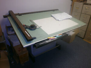 Drafting table .[ artist table ]