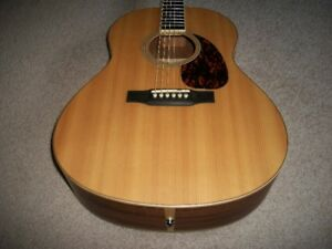 LARRIVEE ACOUSTIC GUITAR