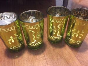 Glass votives centerpiece for wedding or parties
