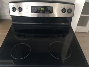 Like new General Electric smooth surface range.  2 year warranty Strathcona County Edmonton Area image 2