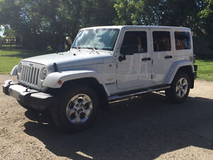 2015 Jeep Wrangler Unlimited Sahara SUV, Crossover
