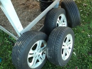 Chrysler Intrepid 4 Rims and tires 225/60/16 Kitchener / Waterloo Kitchener Area image 3
