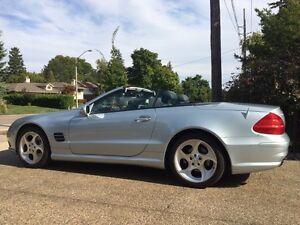 Super clean original Mercedes  SL 500   Low Kms.