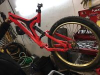 SPECIALIZED BIGHIT DOWNHILL FRAME WITH EXTRAS