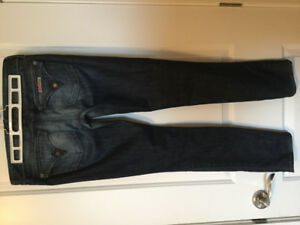 LADIES SILVER AND HUDSON JEANS. SIZE 27/28 $15 EACH
