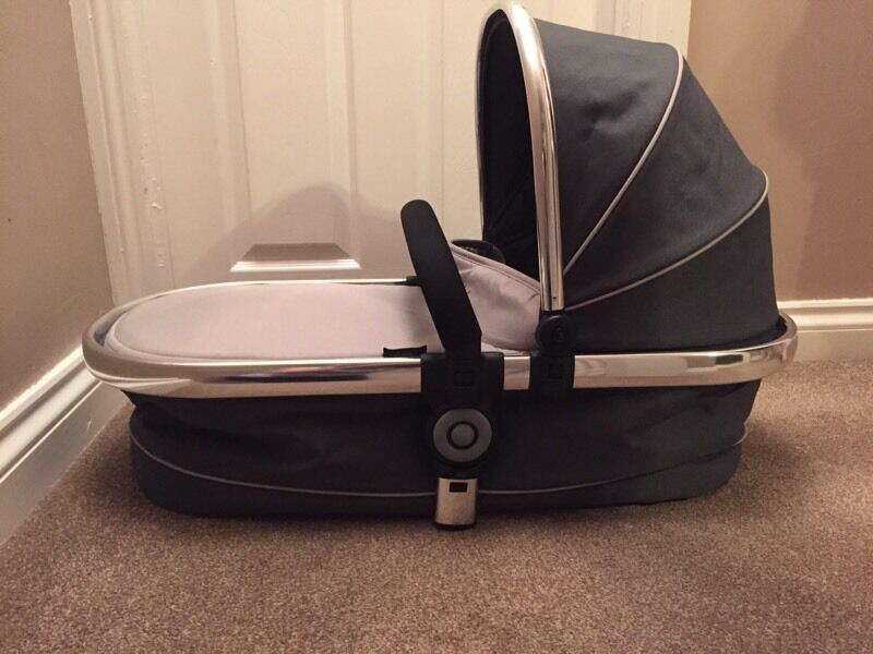 Icandy p3 truffle carrycot