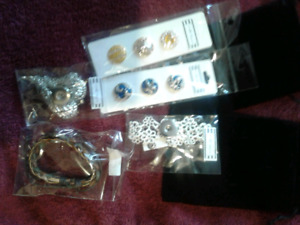New Jewelry -2 Bracelets,1 Necklace, 6 SNAPS- cost $75 today $20