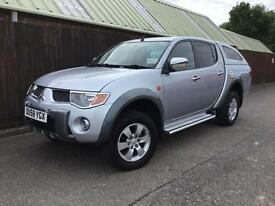 Mitsubishi L200 Diamond Auto 2.5DI-D 4WD..FULL HISTORY...SUPERB CONDITION...