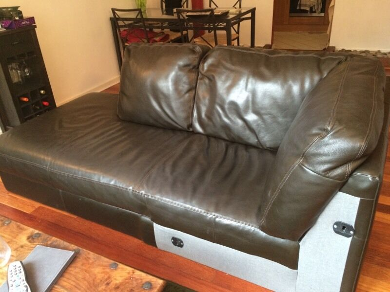 FREE Leather Corner Sofa In Manchester City Centre Manchester