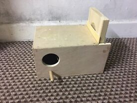 Breeding box for birds