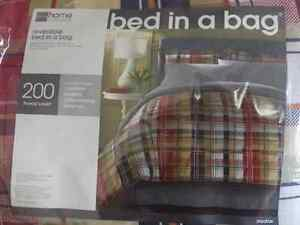 *NEW* Bed in  a Bag - Comforter Set - King