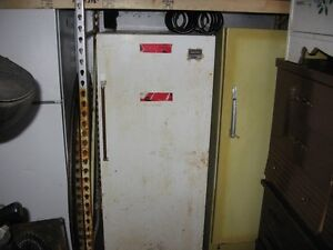 GE fridge 2 years old 15.5 cub foot Kawartha Lakes Peterborough Area image 7