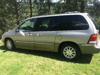 2002 Ford Windstar LTD Minivan, Van