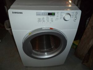 SAMSUNG DRYER KING SIZE CAN DELIVER IF NEEDED