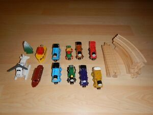 THOMAS THE TRAIN LOT - WOODEN