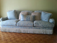 Thomasville Couch and Love Seat in Impeccable Condition