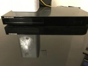 Samsung 3D Blu-ray Disc Player 4K Upscaling & Wi-Fi BD-J6300