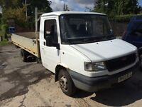 Ldv long wheel base flat bed truck