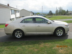 MUST SELL :  2016 Chevrolet Malibu Limited Sedan / 5000 km