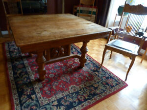 Antique Oak dining table with 6 chairs