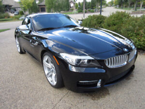 2012 BMW Z4 3.5is M Package Convertible Only 17,000km Very Rare!