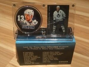 Autographed Mats Sundin Maple Leafs Card. In Case with Fotopuck.