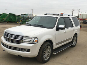2010 Lincoln Navigator Diamond White Loaded