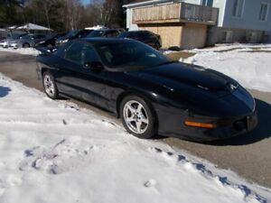 1997 TRANS AM WS6 - 5.7 LT1  T56  6SPD MAN - 149,600 KM - $6995.
