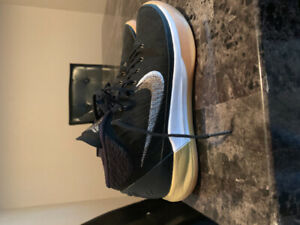 Nike Kobe A.D Basketball Shoes Size 8.5.. Only Worn Once!