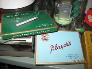 Boîte à cigarette ancienne en tôle