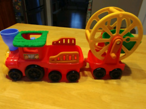 Fisher Price Little People Zoo Train