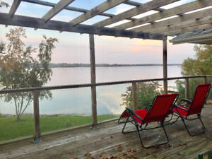 WATERFRONT HOME IN PORT PERRY - ROOM/2 BDRMS FOR RENT FROM 625/M