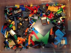 looking to buy bulk lego blocks.