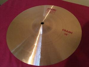 Cymbale paiste 2002 crash 14 po