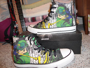 "DC Comics ""The Riddler"" Converse Kitchener / Waterloo Kitchener Area image 2"