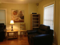 Queens!  4 Bed house avail May 1