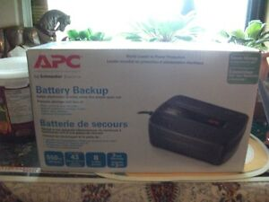 APC Batttery Backup by Schneider Electic