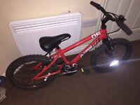 """Kids 18"""" Apollo Outrage bike"""