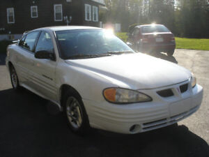 2001 PONTIAC  GRAND AM !!! LIKE NEW !!!