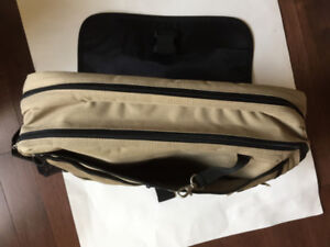 Brand New Padded Laptop Bag /Messenger Bag
