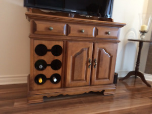 Maple wood serving cabinet by DaVilas